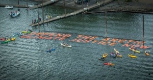 kayak_protest